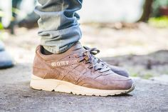 #Asics #GelLyteV in Taupe #OnFeet #SneakerReview & Where To Buy: