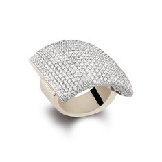 Vhernier diamond ring