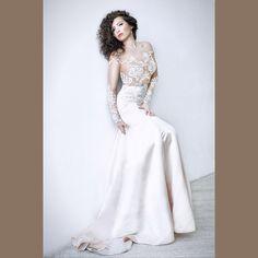 Свадебное платье с прозрачным кружевным лифом. Силуэт русалка (годе)