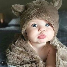baby, cute, and kids image Cute Little Baby, Baby Kind, Little Babies, Cute Babies, Cute Baby Pictures, Baby Photos, Little People, Little Ones, Baby Models