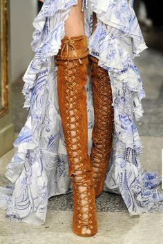 EMILIO PUCCI - an extreme reminder of how wonderful boots look with frills. Crazy Shoes, Me Too Shoes, Sexy Stiefel, Mode Shoes, Look Fashion, Womens Fashion, Fashion Shoes, Girl Fashion, Sexy Boots