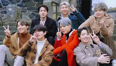 Find images and videos about bts, jungkook and taehyung on We Heart It - the app to get lost in what you love. Foto Bts, Bts Photo, Bts Boys, Bts Bangtan Boy, Bts Jimin, Bts Taehyung, Billboard Music Awards, Bts Video, Foto E Video