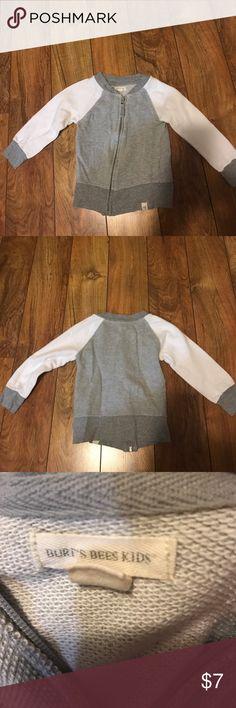 Burt's Bees Kids - zip up sweater - 3T - organic Burt's Bees Kids - zip up sweater - 3T - designer - gray and white - like new condition - organic cotton Burt's Bees Baby Shirts & Tops Sweatshirts & Hoodies