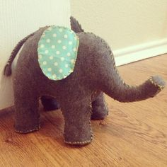Elephant doorstop DIY'd!