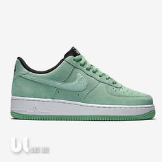 Nike Air Force 1 07 Seasonal Damen Schuhe Basketball Laufschuhe Air Sneaker  40 in Kleidung   Accessoires, Damenschuhe, Turnschuhe   Sneaker   eBay! 58502ecb0f