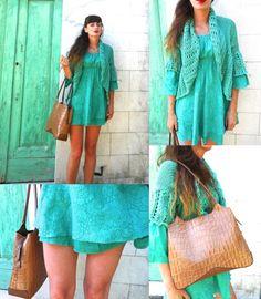 #fashionblog #fashionblogger #ibizamarket #dress #green #girl #amanda #summer #summertime #fashion#style #emeraldgreen)