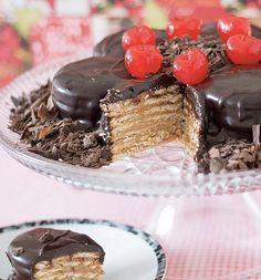 Aprenda a fazer uma torta super deliciosa de alfajor, todos vão amar, e leva chocolate com doce de leite