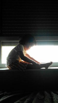 Alguien dijo....Un Angel posando en mi ventana