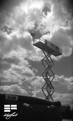 EF athlete Benoit Lavelatte jumping 15m. #etrefort #highjump #leaveyourcomfortzone High Jump, Comfort Zone, Utility Pole, Athlete