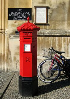 England - Victorian post box King's Parade, Cambridge, by King's College. The standard for UK Post Office between 1866–1879