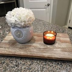 Our reclaimed vibe wood is perfect as a kitchen tray. All the #rustic charm you love, without the dirt and grime!  #restylejunkie #texture #tray #kitchen  #farmhousedecor #reclaimed #kitchendecor #woodtray #distressedwood #barnwood #whiteflowers #distressed #handpainted #handmade #greige #industrialrustic #kitchenstyle #newwood #agedwood #farmhousestyle #rusticdecor #homedecor #reclaimedwood #shoplocalaz #localaz #phx #Phoenix #Arizona
