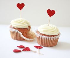 Savory magic cake with roasted peppers and tandoori - Clean Eating Snacks Valentines Baking, Valentine Cake, Valentine Treats, Funny Valentine, Heart Cupcakes, Cute Cupcakes, Cupcakes Amor, Cupcake Toppers, Cupcake Cakes