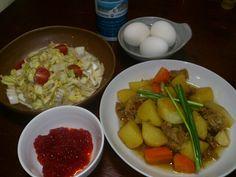 白菜サラダがめっちゃおいしいの(^q^)はしがとまらないー - 4件のもぐもぐ - 肉じやがと白菜サラダ   筋子とゆで卵 by yurrin