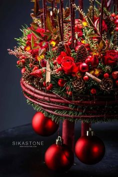 Christmas Flowers, Christmas 2017, Christmas Holidays, Christmas Wreaths, Christmas Crafts, Christmas Decorations, Xmas, Merry Christmas, Seasonal Decor