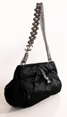 #summer #purse CHANEL SHOULDER BAG http://@Michelle Flynn Flynn Flynn Flynn Coleman-Hers #fashion