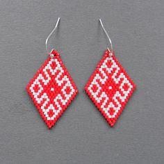 Red and  White seed bead earrings  Peyote Earrings by Anabel27shop,