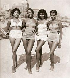 1950s bathing beauties