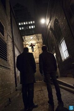 How'd he get him up there, was it like a complex pulley system?? #Hannibal