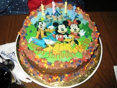How to order a specialty cake in Disney World and Disneyland