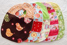 Adorable Custom Baby Bibs - A Tutorial... great idea for a baby gift! :)