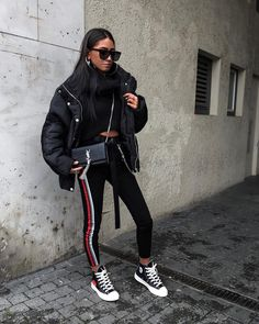 street-style outfit inspo в 2019 Mode Outfits, Fall Outfits, Casual Outfits, Fashion Outfits, Fashion Trends, Fashion Fashion, Older Women Fashion, Womens Fashion, Urban Fashion