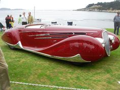 1939 Delahaye cabriolet with v12 engine. Coachwork by Figoni and Falashi