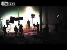 Cai por terra a versão oficial do ISIS: Hackers descobrem cenário cinematográfico onde os vídeos do EL são gravados ~ Sempre Questione - Últimas noticias, Ufologia, Nova Ordem Mundial, Ciência, Religião e mais.