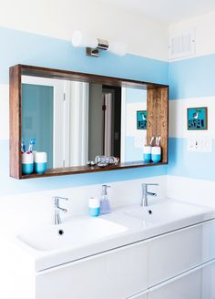 Easy And Creative Diy Mirrors You Can Make At Home diy bathroom ► 17 DIY Vanity Mirror Ideas to Make Your Room More Beautiful - EnthusiastHome Bathroom Mirror Design, Diy Vanity Mirror, Bathroom Renos, Bathroom Ideas, Bathroom Storage, Framing Mirror In Bathroom, Bathroom Mirror Shelves, Bathroom Mirror Makeover, Master Bathroom