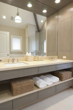 Modern Bathroom #modern #bathroom #sink #mirror #whitewashed