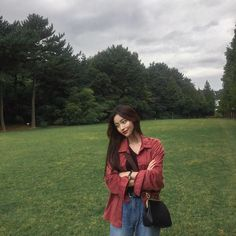 Find images and videos about girl, style and aesthetic on We Heart It - the app to get lost in what you love. Korean Girl Ulzzang, Couple Ulzzang, Korean Photo, Cute Korean, Korean Aesthetic, Aesthetic Girl, Ulzzang Fashion, Korean Fashion, Fx Luna
