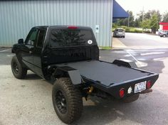 I genuinely enjoy this colouring scheme for this lifted ford truck Custom Ford Ranger, Ford Ranger Truck, Ford Trucks, Pickup Trucks, Custom Flatbed, Custom Truck Beds, Custom Trucks, Custom Cars, Flatbed Truck Beds