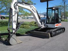 Our featured Bobcat Mini Excavator is a 2007 Bobcat 442, S/N 528911546, 7-8 Ton, 902 Hrs. Check out our great selection of Bobcat Mini Excavators ! You can view them all at: http://www.rockanddirt.com/equipment-for-sale/BOBCAT/excavators-mini