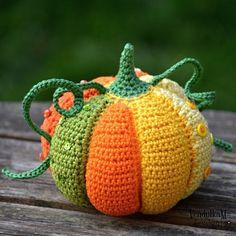 Thanksgiving Crochet, Crochet Fall, Holiday Crochet, Knit Crochet, Crochet Leaves, Crochet Flower, Crochet Amigurumi, Amigurumi Patterns, Crochet Toys