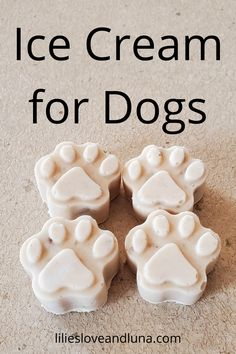 This easy, 3 ingredient ice cream for dogs is a great treat to give your dog on a hot day. Pumpkin Dog Treats, Homemade Dog Treats, Healthy Dog Treats, Dog Ice Cream, Dairy Free Ice Cream, Dog Treat Recipes, Dog Food Recipes, Baking Recipes, Greek Yogurt And Peanut Butter