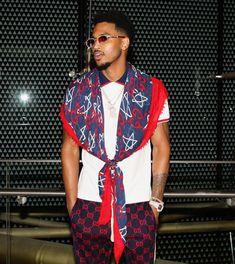 Trey Songz ❤️ #treysongz #gucci #singer PINTEREST:DEE✨✨ Fine Black Men, Trey Songz, Raining Men, Dope Fashion, Hot Boys, Black Is Beautiful, Celebrity Crush, Cool Girl, Sexy Men