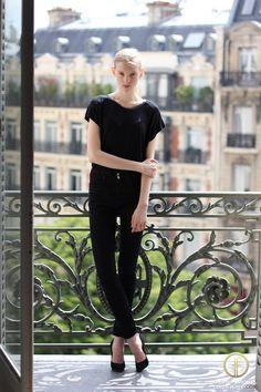 http://images.fashionmodeldirectory.com/model/000000442232-nastya_sten-fullsize.jpg