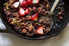 Breakfast Friday | Quinoa-Banana Skillet Bake from Straight From the Earth -- edibleperspective.com #vegan