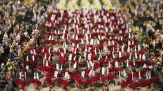 Tilt shift of the Carnaval party parade in Rio de Janeiro   fun funny funny pics