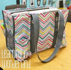 Organization Ideas- paper organizer inside your 31 bag for home-to-school organization. A file folder holder on the go!