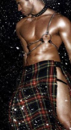 oh wow...this is an awesome kilt...it just kilt my <3!