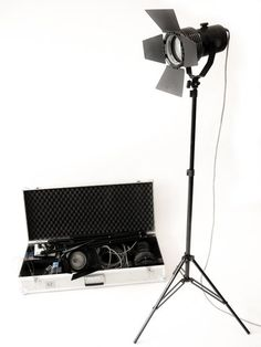Film / Video- Lichtkoffer Sachtler 3-Leuchten-Kit 650 Watt - Filmtechnik, Videotechnik, Kameratechnik, Lichttechnik, Tontechnik, Stative aus Dresden, Chemnitz, Sachsen, Leipzig