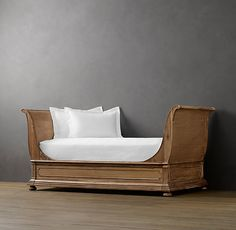 St. James Sleigh Daybed  Antiqued Natural
