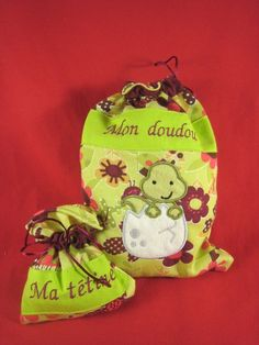 Sac à doudou personnalisé Creations, Christmas Ornaments, Holiday Decor, Home Decor, Clothes Crafts, Softies, Gifts, Bags, Child