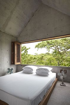 Imagine waking up in this room with a stunning view… Well now you can thanks to Airbnb! This beautiful tiny house is the perfect escape, located in Puerto Escondido, Mexico, the modern concrete house is designed for up to two people and features only