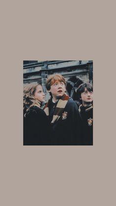 Harry Potter Tumblr, Mundo Harry Potter, Harry Potter Spells, Harry Potter Drawings, Harry Potter Pictures, Harry Potter Cast, Harry Potter Fandom, Harry Potter Characters, Harry Potter Hogwarts