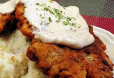 More Chicken Fried Steak Beef Recipes, Whole Food Recipes, Chicken Recipes, Cooking Recipes, Fried Chicken Sauce, Eastern European Recipes, Country Dinner, Czech Recipes, Dinner Entrees