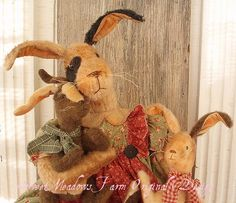 Primitive E-PATTERN BIG Bunny Doll with Little Bunny dolls PDF - pinned by pin4etsy.com