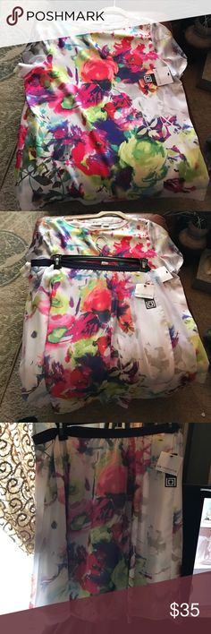 💕skirt and too set XL Liz Claiborne very nice! 💕 2 piece beautiful top and skirt. Elastic waist lined skirt, floral design NWT just gorgeous. Liz Claiborne Dresses