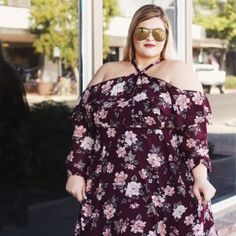 """""""I will listen to what God the LORD says; he promises peace to his people, his faithful servants— but let them not turn to folly."""" Psalm 85:8 . . . This dress is from @torridfashion ....shocker huh?! . . . #torridlove #torridinsider #plussizefashion #texasblogger #psootd #thesecurves #fallfashion #quaysquad #quayaustralia #quayxdesi #torridfashion #texasblogger"""