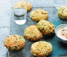 Exit le poulet ! On revisite les nuggets à toutes les sauces. Voici la recette des nuggets au crabe, citron confit et estragon